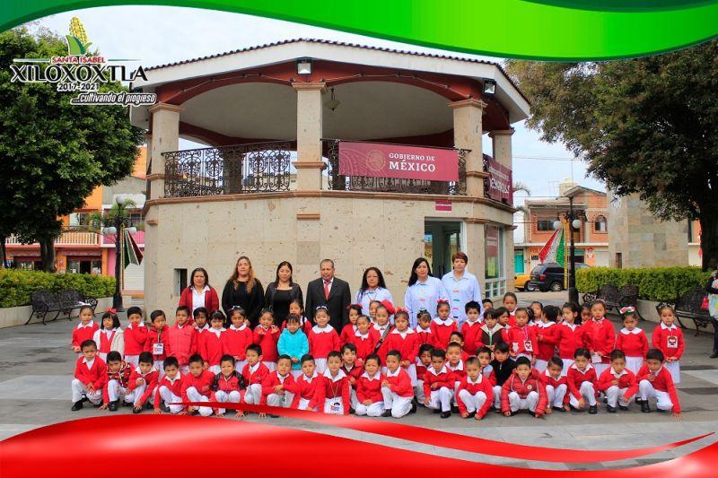Realiza Xiloxoxtla Honores a la Bandera en coordinación con el Jardín de niños Aquiles Serdán