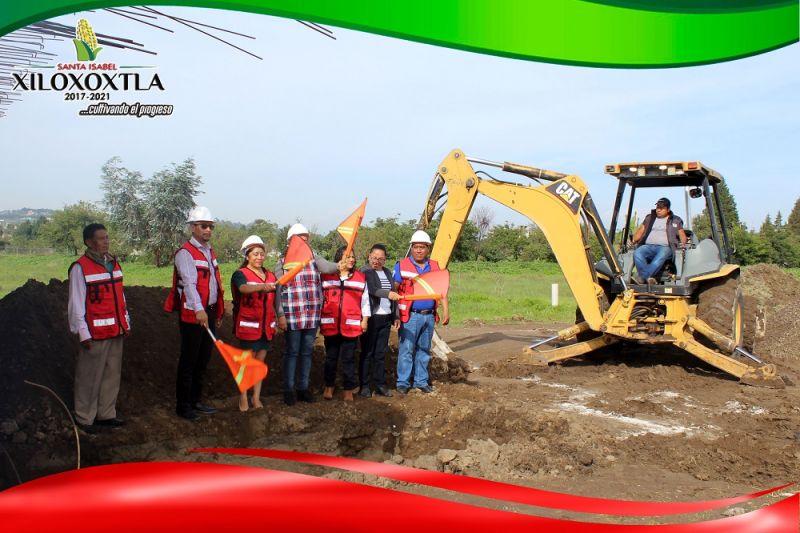 Inician construcción de un aula en CBTIS 03 extensión Xiloxoxtla